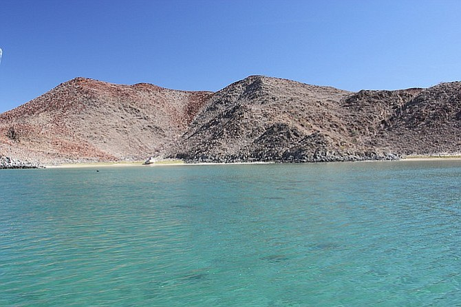 "Diving in ""Don Juan's Cove"" in Bahia de Los Angeles."