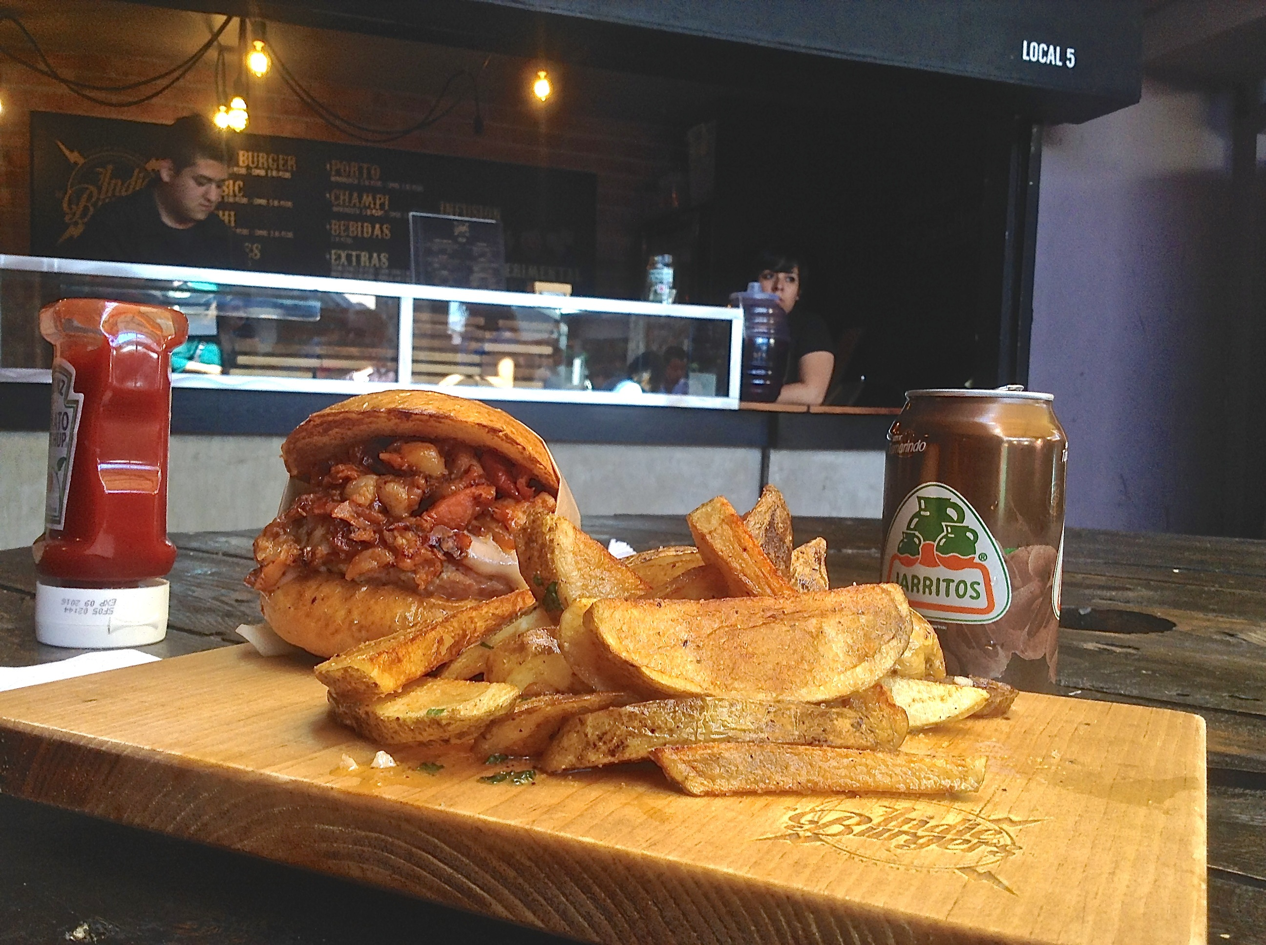 La Cochi Combo from Indie Burgers
