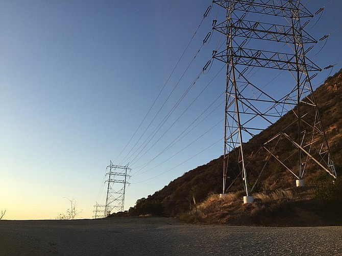 Cahuenga trailhead, flanked by electrical towers.