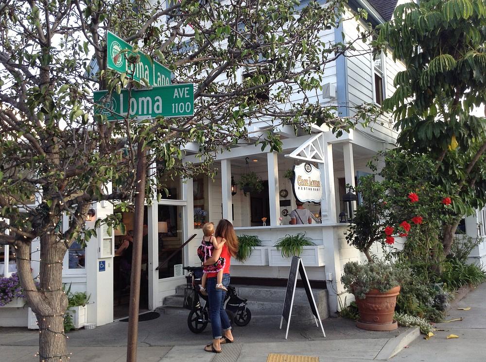The 1889 house is where Loma Avenue meets Loma Lane