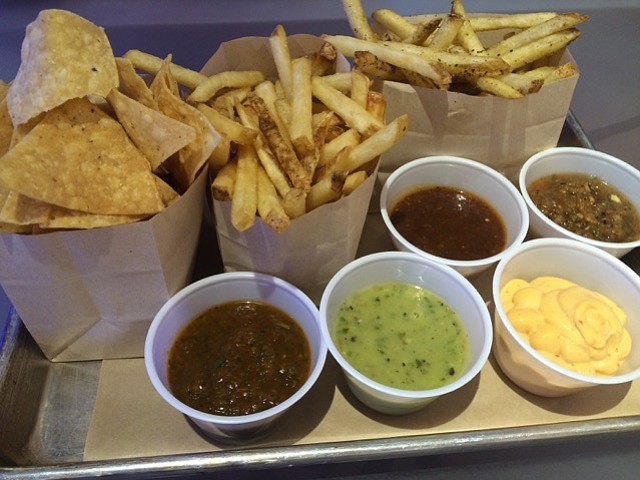 Un Mundo Mexican Grill has papas — spicy or non-spicy french fries — as well as chips and five different salsa styles