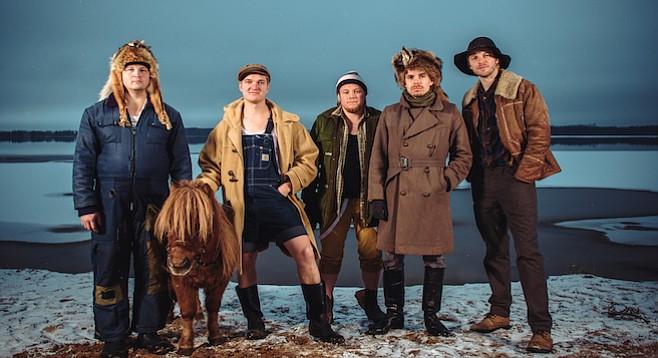 Finnish bluegrass-metal band Steve 'n' Seagulls set up at Soda bar Tuesday night!
