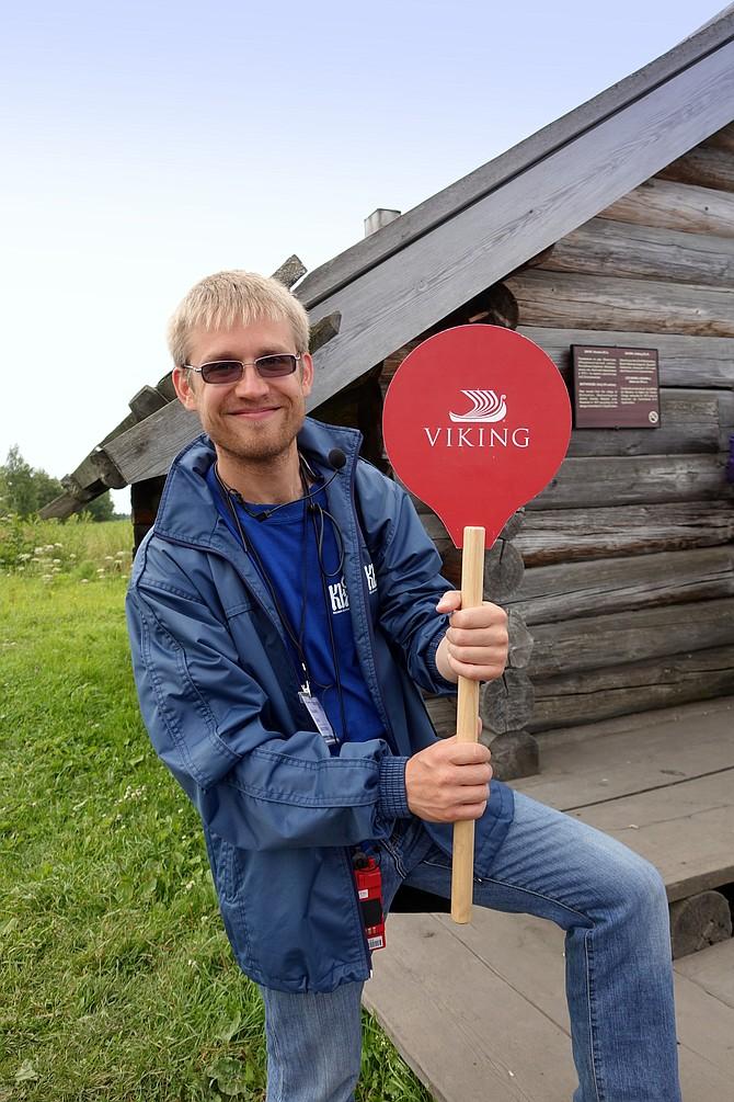 English guide Pavel Tolmachev