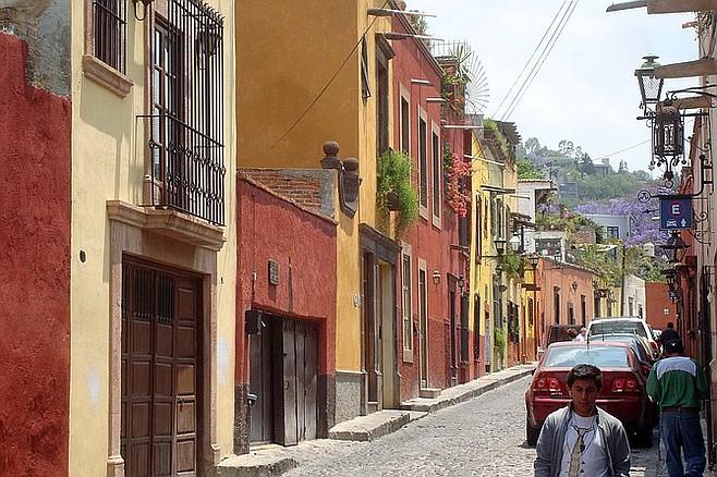 Street scene in San Miguel de Allende.