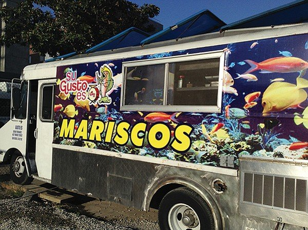 Arturo's food truck
