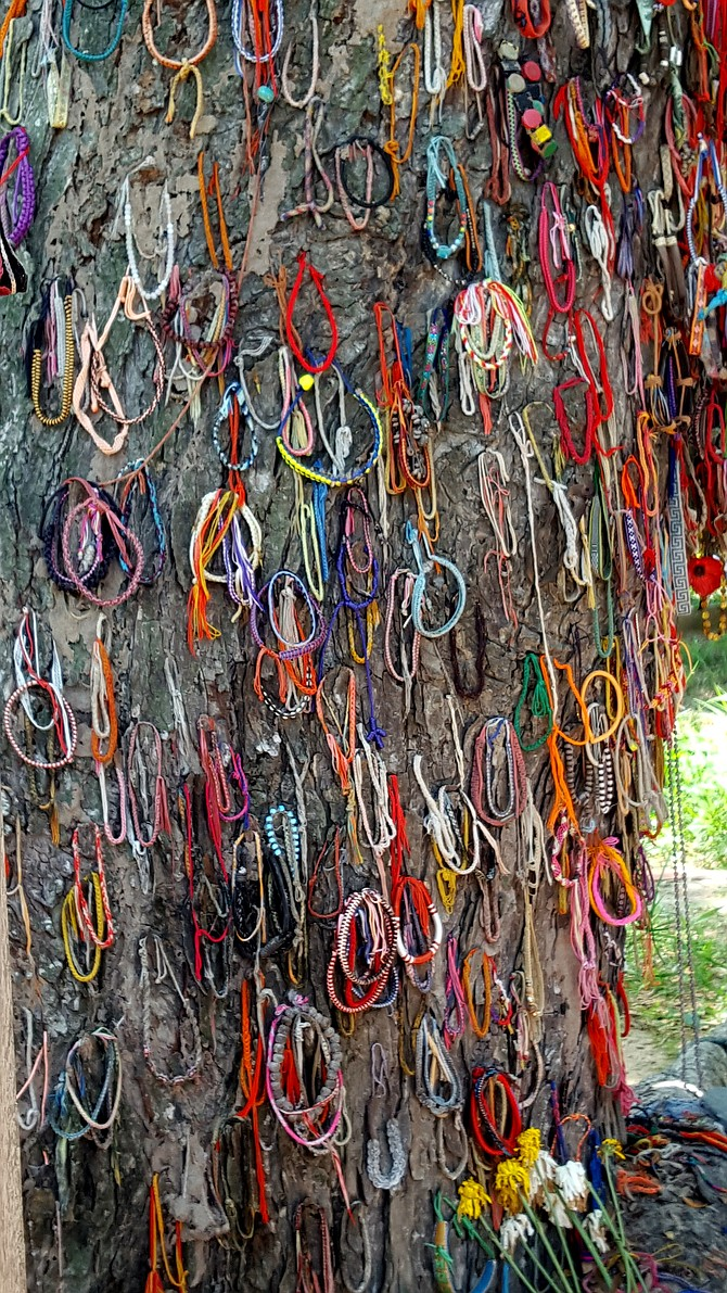 Bracelets to remember the children