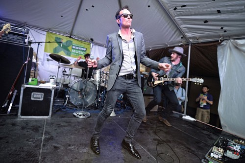 Hollywood hard-rock act Scott Weiland & the Wildabouts wind-up the Music Box on Tuesday.