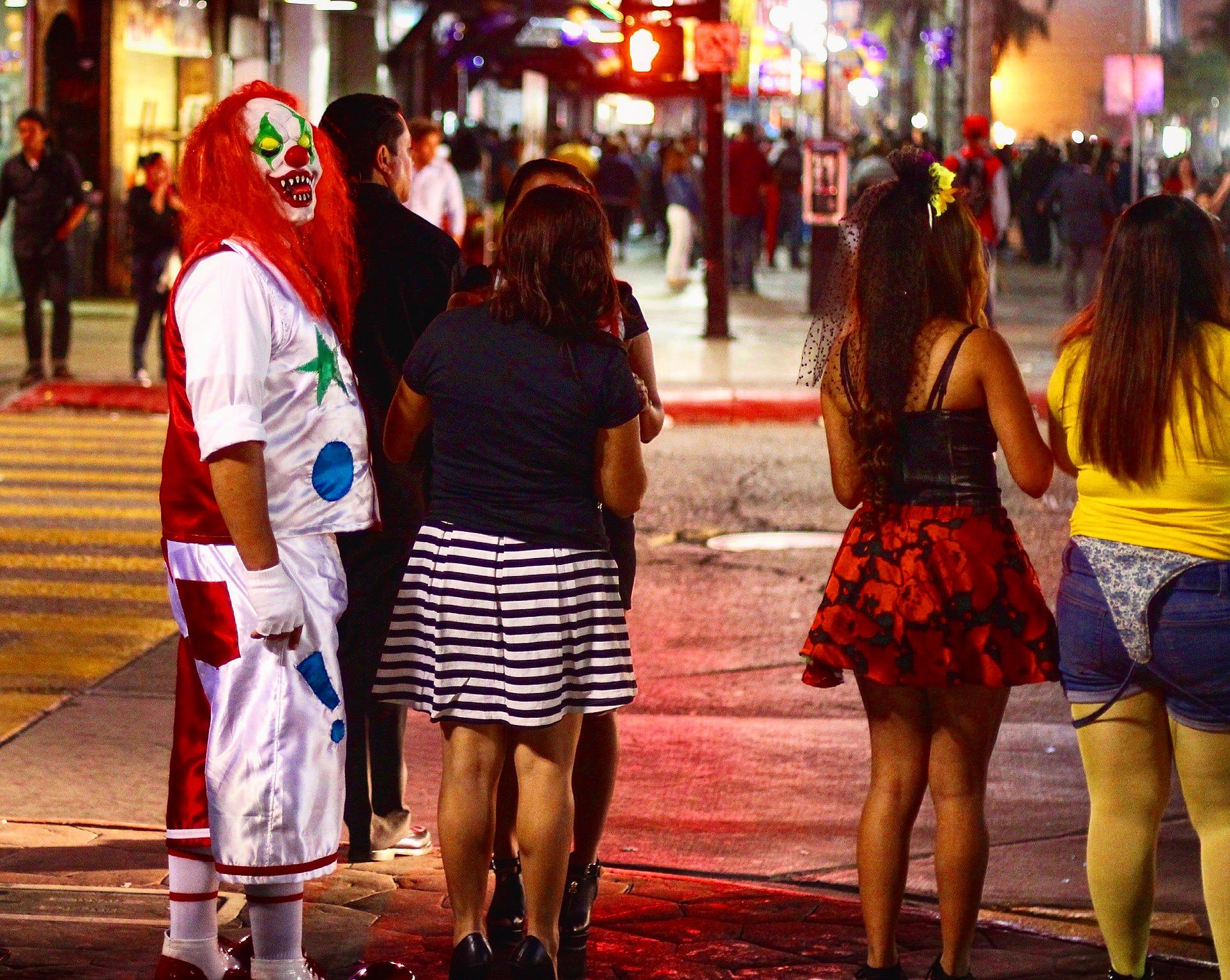 Halloween San Diego seaworld san diego halloween spooktacular 2014 15 Halloween San Diego Reader