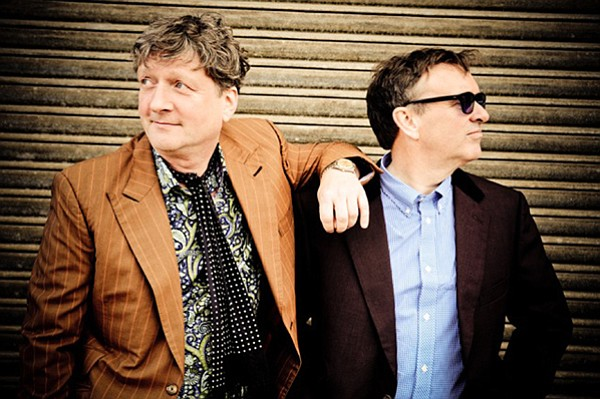 Difford and Tillbrook play an acoustic set of Squeeze at House of Blues Sunday night!