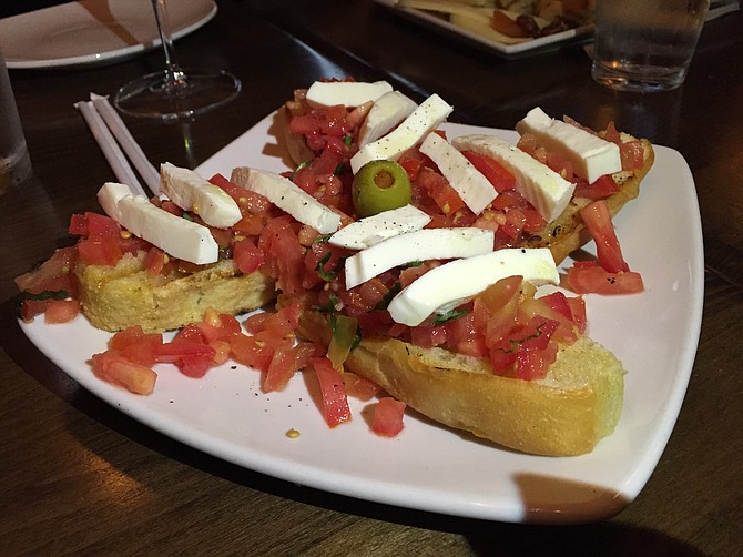 Flavorful and refreshing bruschetta