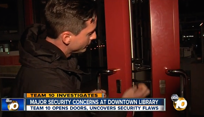 """10News reporter shows """"cheap bike lock"""" preventing entrance to closed library"""
