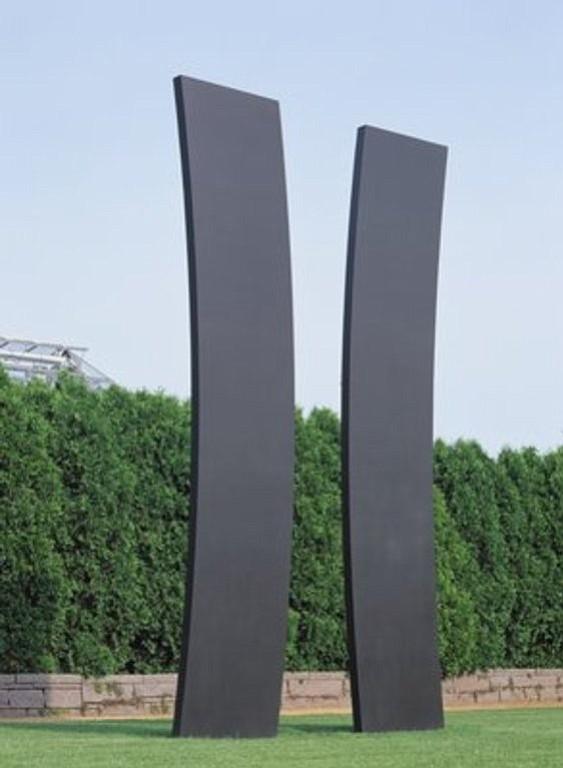 Double Curve, 1988, at Minneapolis Sculpture Garden