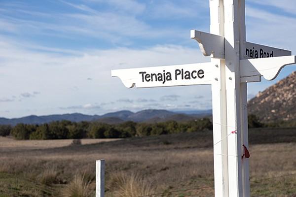 Intersection of Tenaja Place and Tenaja Road