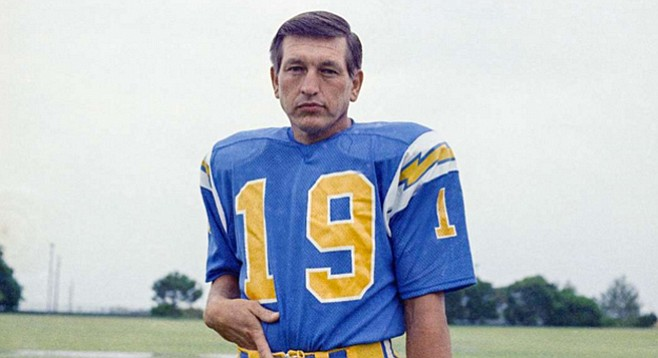 Mr. San Diego, Johnny Unitas, lasted five games with the Chargers after 17 years with the Baltimore Colts.