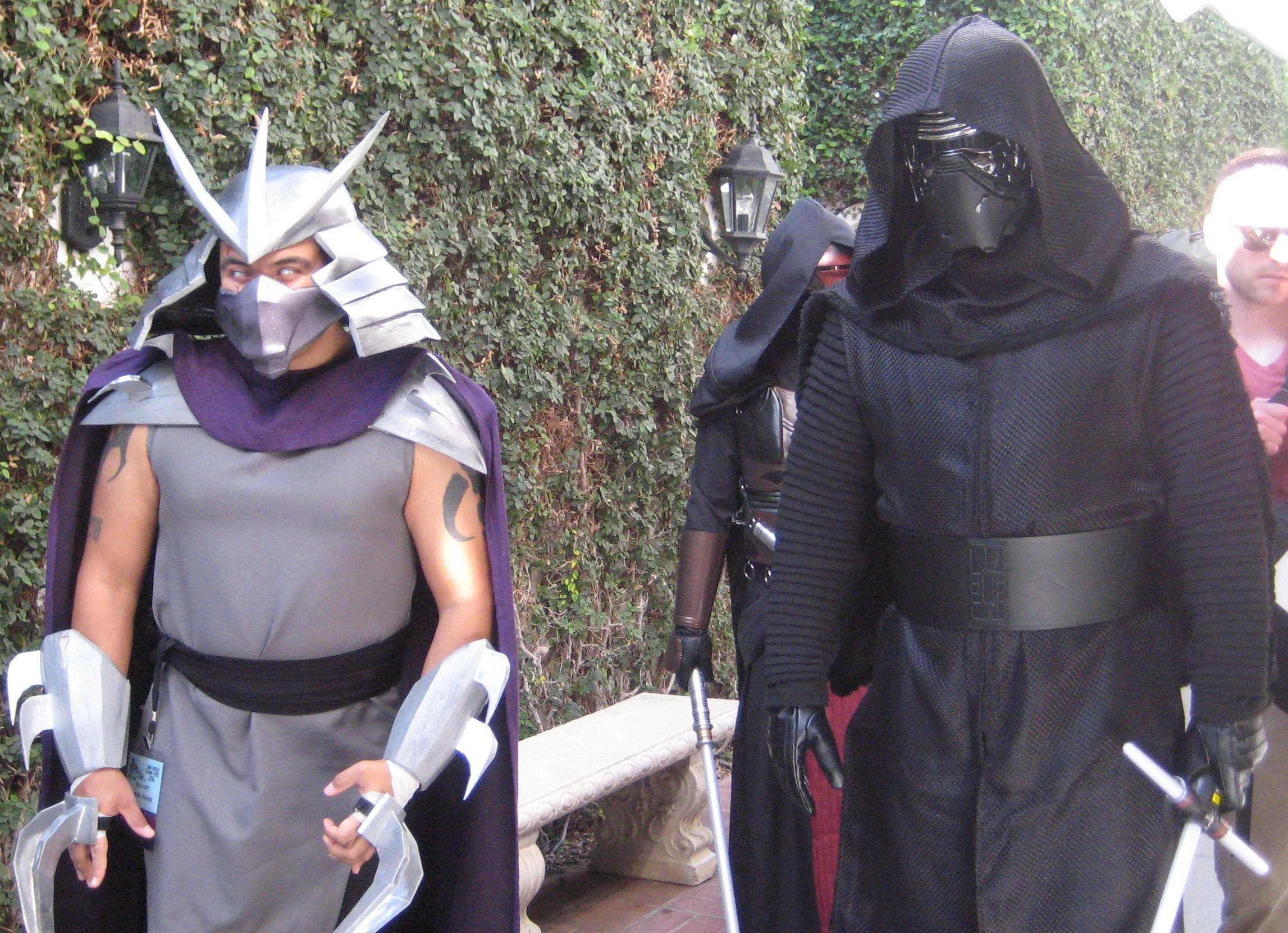 Shredder from Teenage Mutant Ninja Turtles and #Kylo Ren from #Star Wars