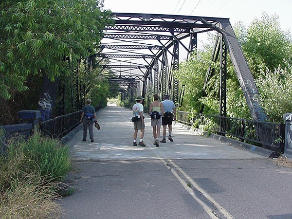 Iron bridge over Sweetwater River