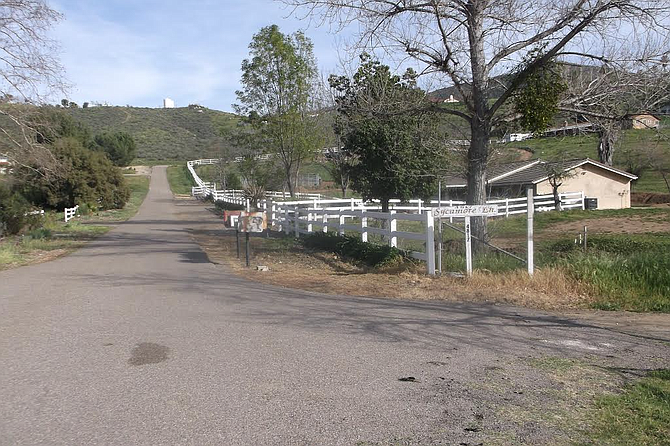 The disputed road, just north of the original Sycuan reservation