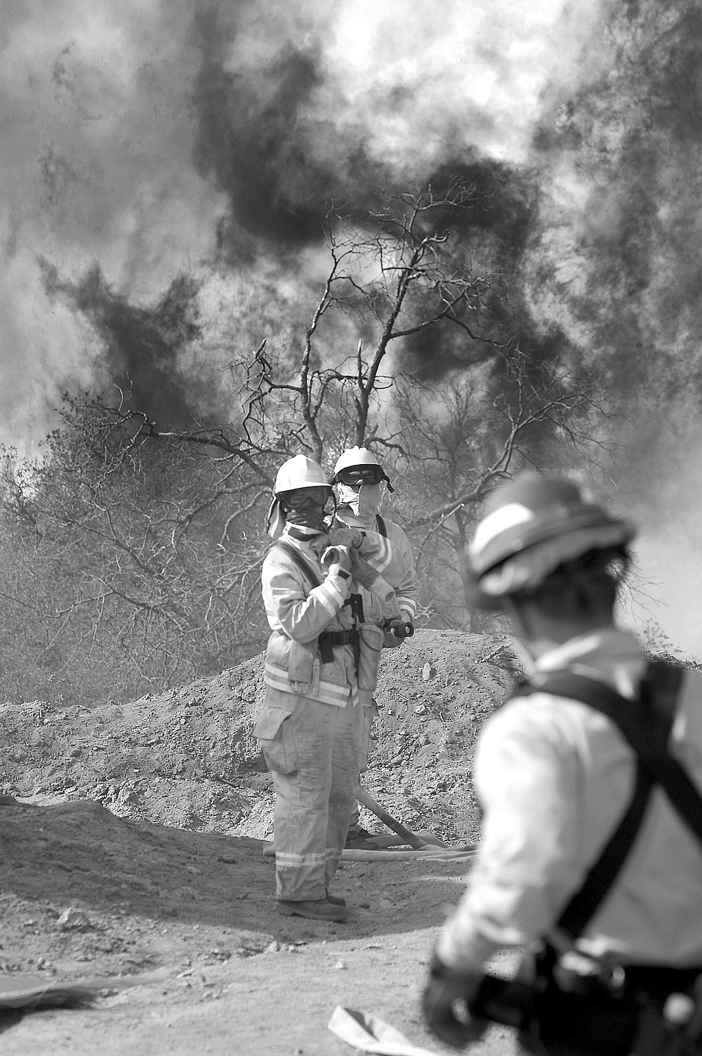"""Cedar fire, Julian.  """"Some firemen did drive by. John asked them, 'Will you come back and help us?' They said, 'Don't count on a truck being there.'"""""""