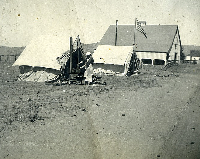 The Hoovers' barn in 1896, when the town was first surveyed