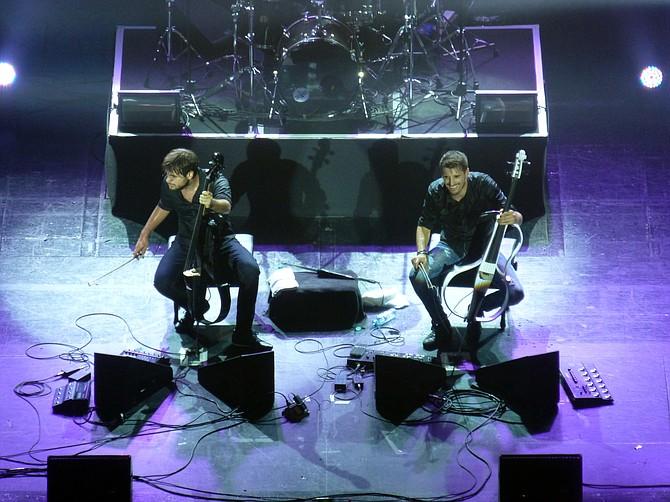 2Cellos played by two fine fellows... - Image by commons.wikimedia.org