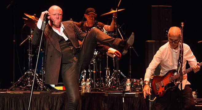 Bowie's backing band Holy Holy pays tribute to the Thin White Duke at Music Box Sunday night!