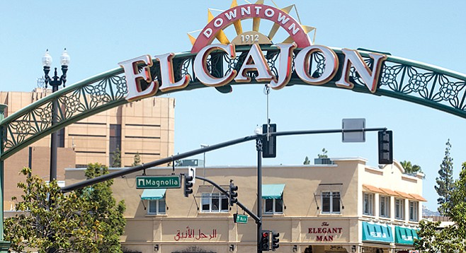El Cajon Neighborhood Sign