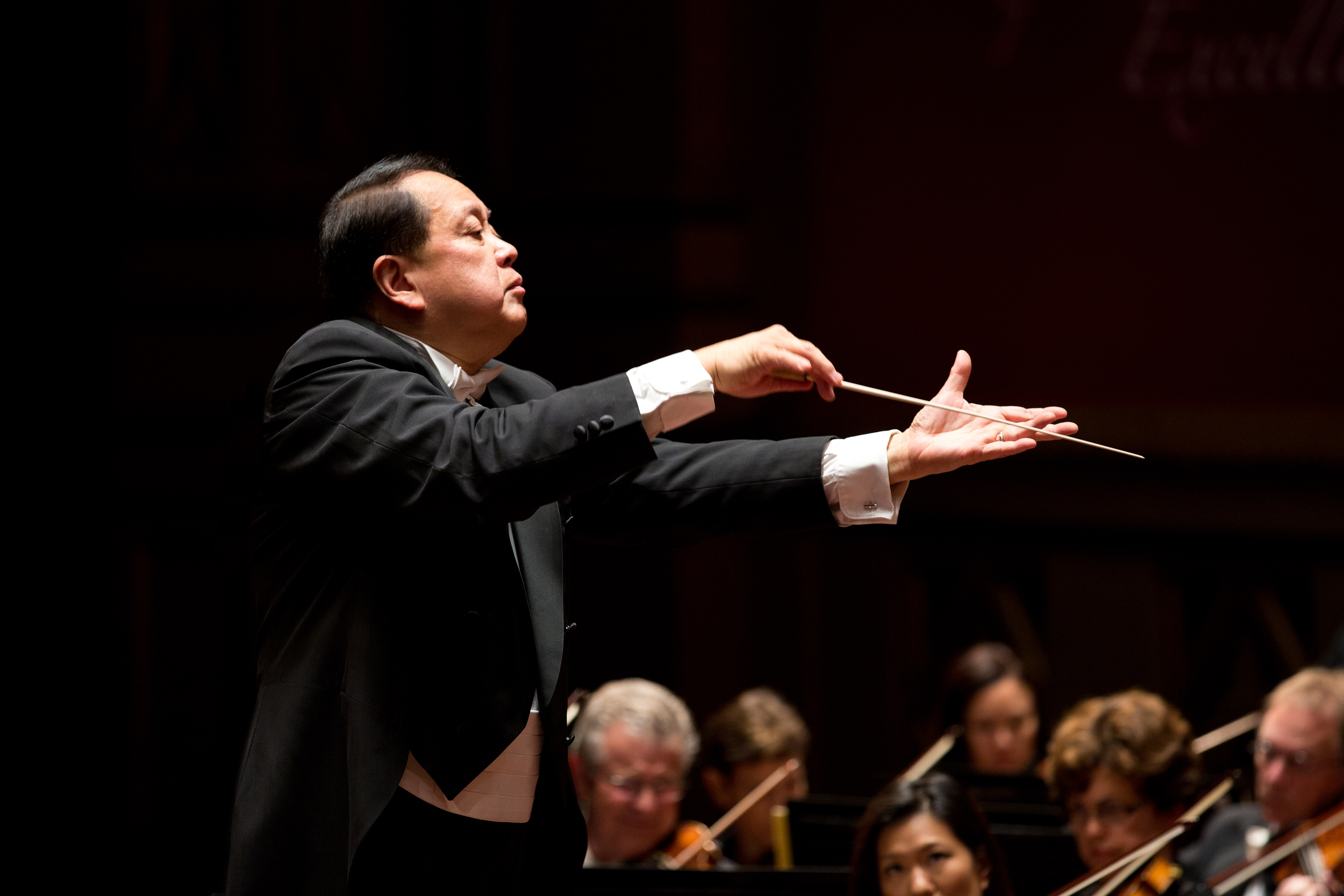 SD Symphony musicians slower than conductor Jahja Ling