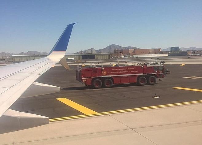 Emergency landing in Phoenix, too