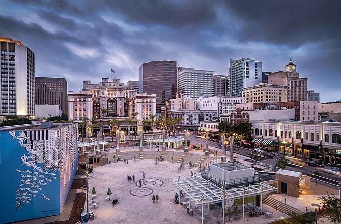 Horton plaza, Downtown San Diego
