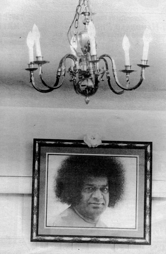 Sai Baba in Del Maestro's living room