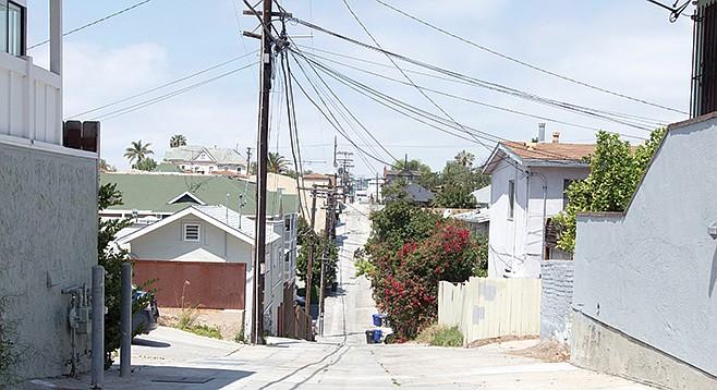 Golden Hill alley