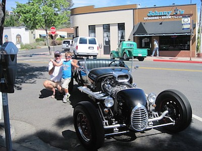 La Mesa Car Show Series Gets The Green Light San Diego Reader - Mesa car show