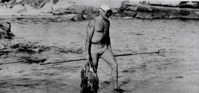 Jack Prodanovich, c. 1943. His underwater Brownie is on exhibit at Scripps Aquarium (along with his first face plate).