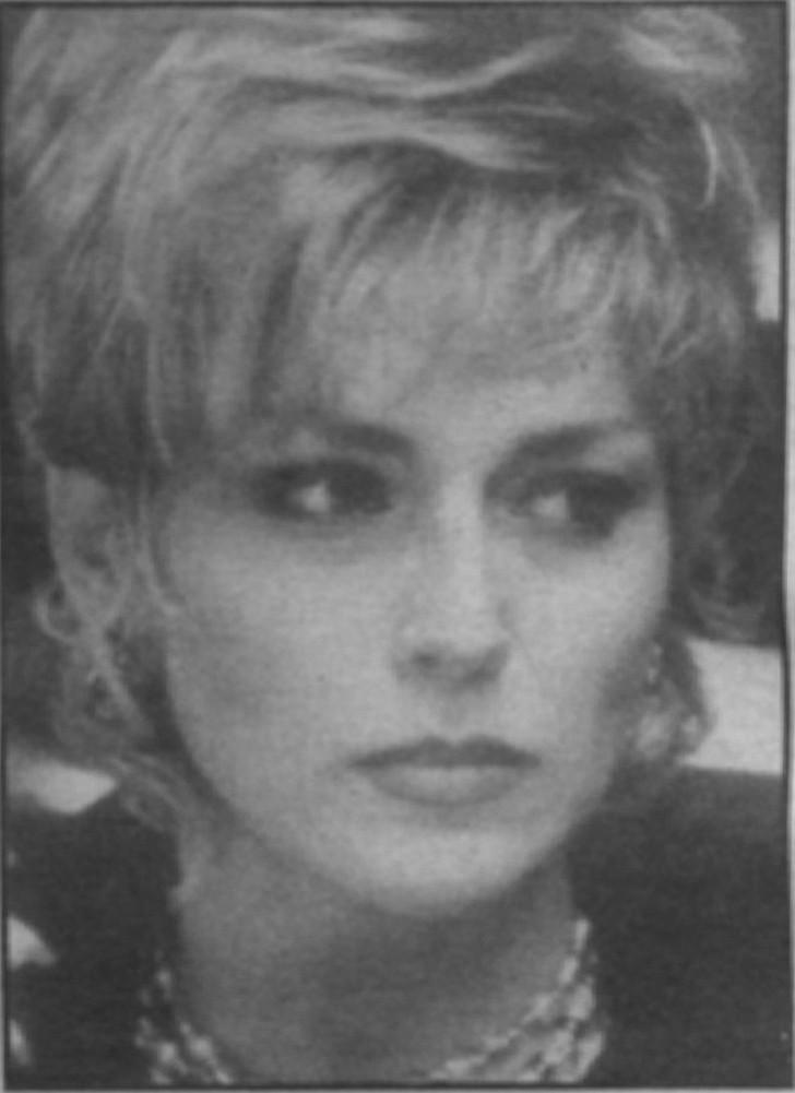 Sharon Stone as character based on Tony Spilotro's wife