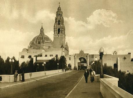 In 1915, Cabrillo Bridge was only open for pedestrians. (Photo: SOHO)