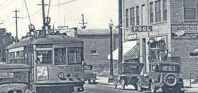 Historic trolley line on University Avenue circa 1920s. (Photo: Kiley Wallace)