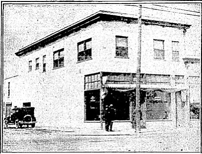 The Sally Wong building in 1924 — before it earned its nickname