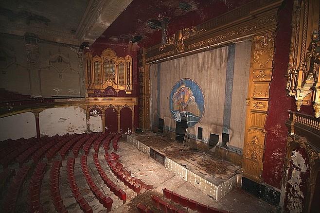 California Theatre's stage