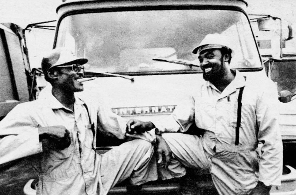 Willie Carter (left), R.J. Coleman