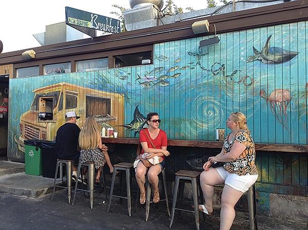 Oscar's underwater food truck mural