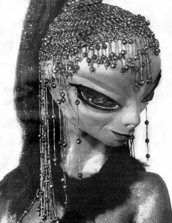 "Alien model ""Luanda"""