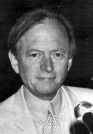 In 1964, when Walter Keane hired Tom Wolfe to write the introduction to his vanity art book project, Wolfe wasn't yet the white-suited avatar of New Journalism. His first book was not yet published.