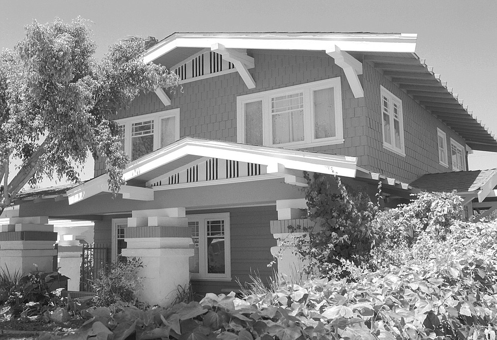 3614 28th Street. Most have low-pitched roofs, with widely overhanging eaves for shade and coolness.
