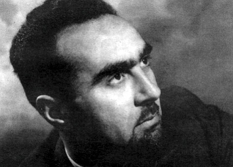 """Jacob Bronowski, 1939. Bronowski was """"a short, black-bearded man of 26...who cannot pronounce his Rs,"""" Graves wrote."""