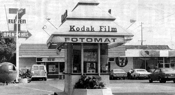 """Fotomat kiosks were staffed by young women, called """"Fotomates,"""" dressed in hot pants, a gimmick patterned after the stewardesses of another San Diego start-up, Pacific Southwest Airlines."""
