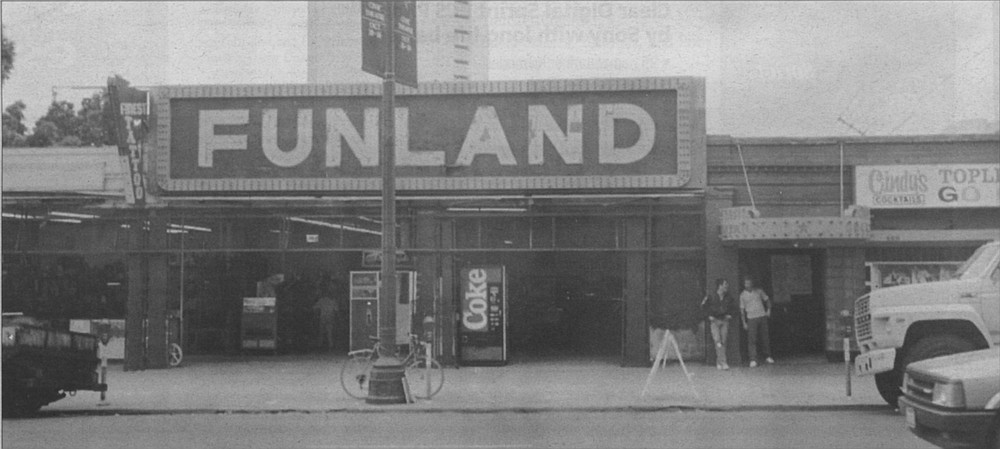 "Funland arcade (on which ""Joyland"" is based), on Broadway between Front and First Streets, downtown, c. 1988"