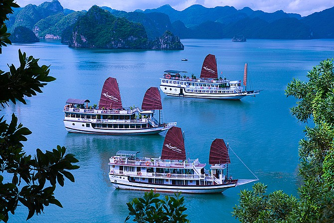 Cruise Holiday on Halong Bay with Swan Cruises is really good choice to discover amazing bay