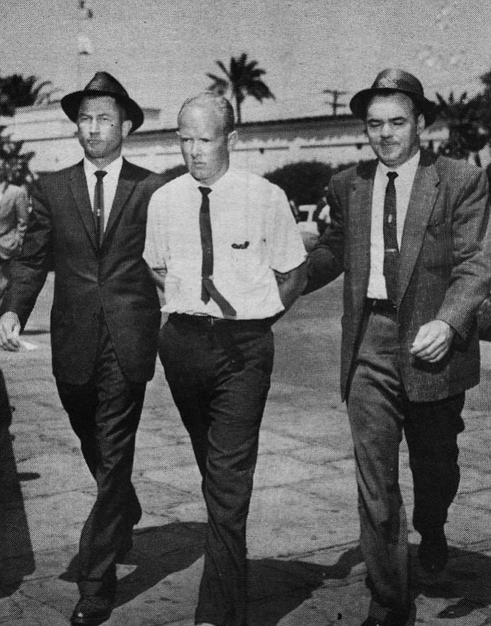 Ed Stevens (left)