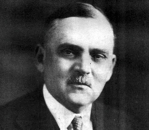 Colonel Ira Copley purchased 24 newspapers, mostly small-town dailies in Illinois and California, including the San Diego Union and Evening Tribune from the estate of John Spreckels.