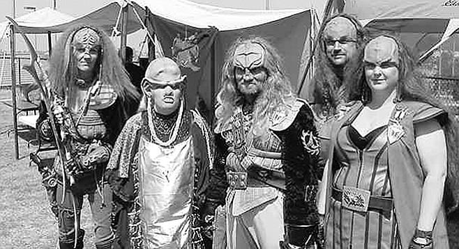 Klingons (Cat on left)